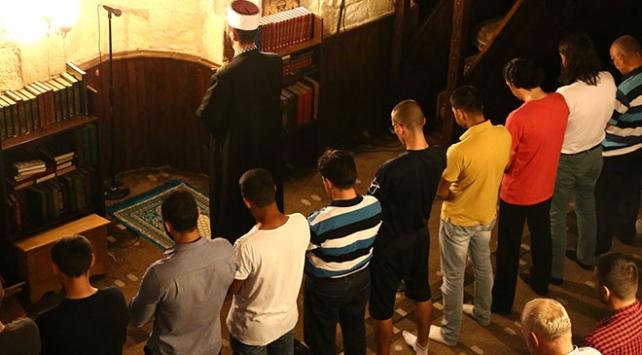 Belgradın tek camisi farklı milletleri bir araya getiriyor