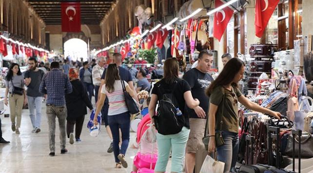 Edirnede bayramların vazgeçilmezi: Badem ezmesi