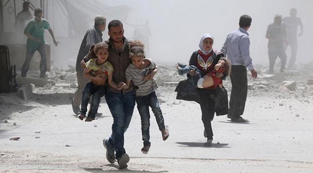 Esed ve Rusyanın İdlib saldırılarında 1 yılda 1109 sivil hayatını kaybetti