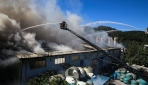 İstanbul Kağıthanede fabrika yangını