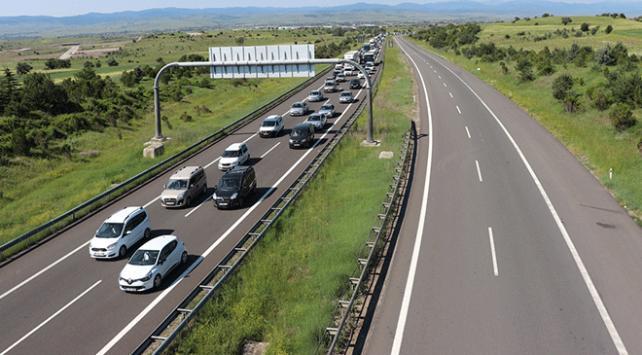 Anadolu Otoyolunda bayram trafiği