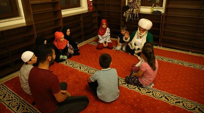 Çocukların Nasrettin Hoca ile son teravih namazı