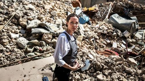 BM İyi Niyet Elçisi Angelina Jolie Irakta