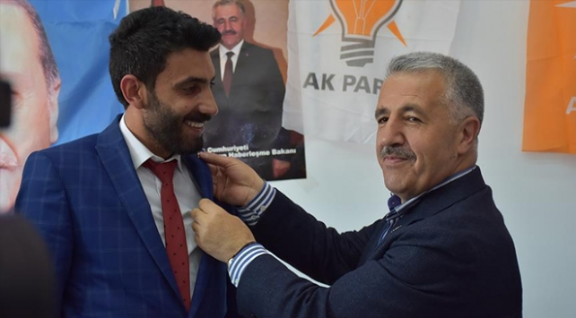 Saadet Partisinden istifa edip AK Partiye katıldılar