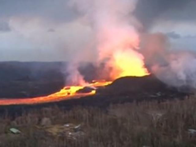 Kilauea Yanardağının yarattığı facia havadan görüntülendi
