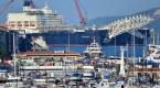 Dünyanın en büyük inşaat gemisi Çanakkale Boğazından geçti