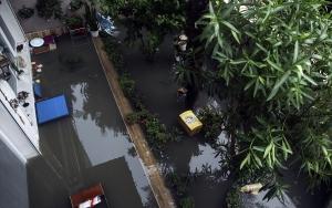 İstanbulda sağanak su baskınlarına neden oldu