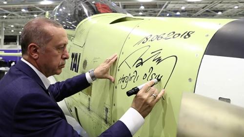 Hürkuşa Cumhurbaşkanı Erdoğan imzası