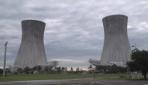 ABDde dev soğutma kuleleri patlayıcılarla yıkıldı