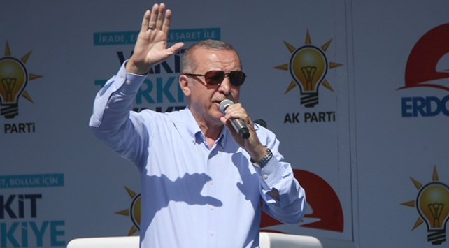 Cumhurbaşkanı Erdoğan: Suriyede kantonculuk oynayanlar derslerini birer birer alıyor