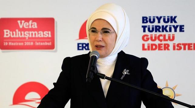 Emine Erdoğan: Türkiyenin tarihi misyonu yeniden canlanıyor