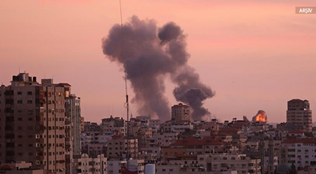 İsrail Gazze'de Hamas'a ait bir hedefi vurdu