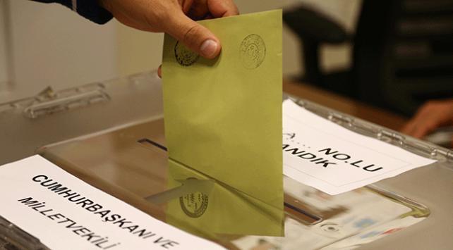 Yurt dışında 1 milyon 486 bin 532 kişi oy kullandı