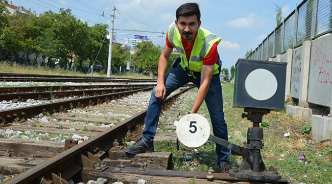Tren teşkil görevlisinin müzik aşkı