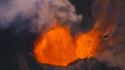 Kilauea Yanardağı'ndan çıkan lavlar yaşamı yok etmeye devam ediyor