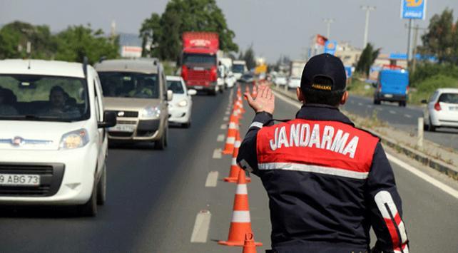 787 Jandarma personeli uyuşturucu denetimi yaptı