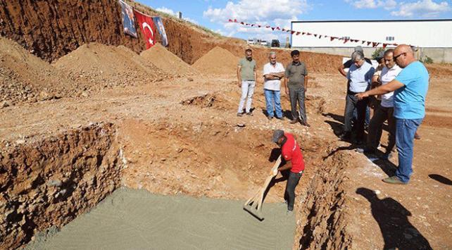 Tunceli'de temeli atılan dördüncü tekstil fabrikasının istihdamı artırması bekleniyor