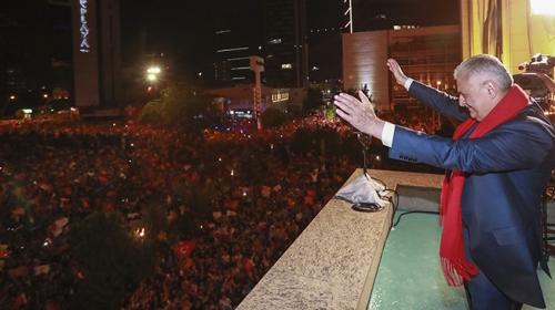 Türkiyenin son Başbakanı Yıldırım helallik istedi
