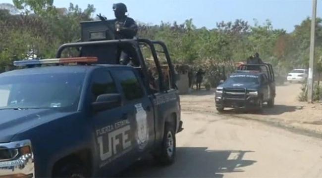 Meksika Ocampoda tüm polisler cinayetten gözaltına alındı