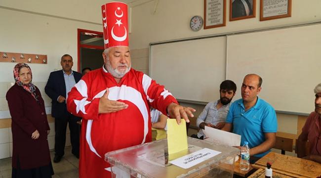 Türkiyeden renkli seçim görüntüleri