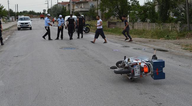Atın çarptığı motosiklet sürücüsü ağır yaralandı