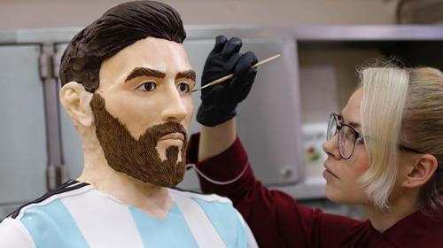 Lionel Messinin doğum günü için çikolatadan heykeli yapıldı