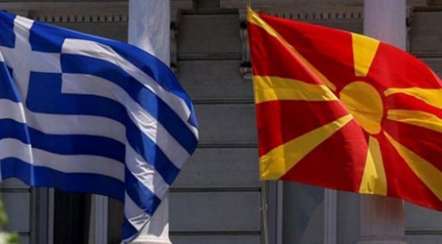 Makedonya anlaşmasından Yunanistanda bir istifa daha