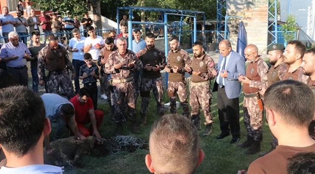 Afrin kahramanları PÖHler Erzincanda tekbirlerle karşılandı