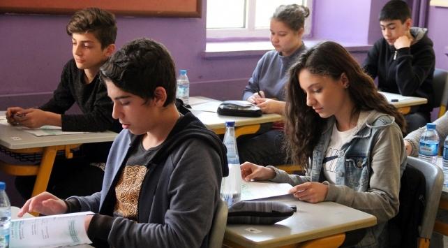 MEB Müsteşarı Yusuf Tekin: Liselerde kapasite yüzde 20ye yakın artırıldı