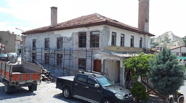 Ankarada Tarihi İmaret Camii restore ediliyor