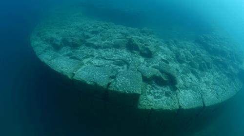 """TRT Haber """"Mavi Tutku"""" ekibi Van Gölünde yeni bir keşfe imza attı"""