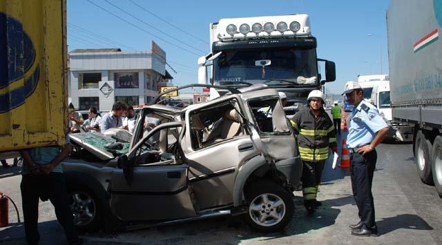 Yurt Genelinde Trafik Kazaları: 6 Ölü 27 Yaralı