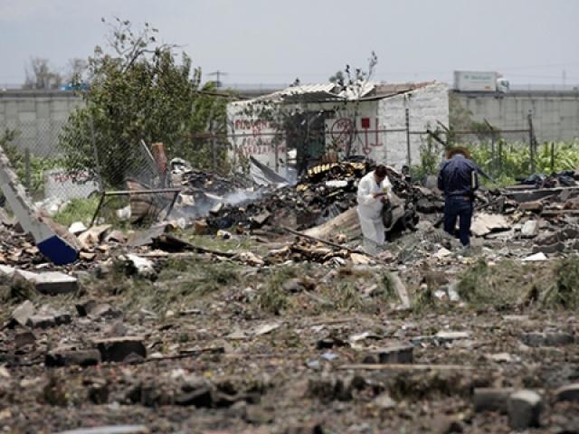 Meksikada havai fişek atölyesinde patlama