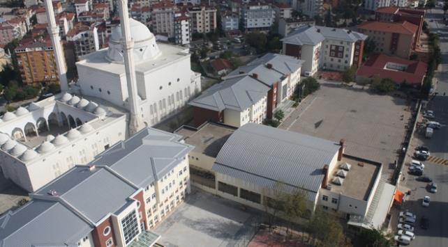 Kartal Anadolu İmam Hatip Lisesi LGS şampiyonlarını bekliyor