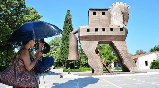 """""""Troya Yılı"""" antik kentin ziyaretçi sayısını artırdı"""