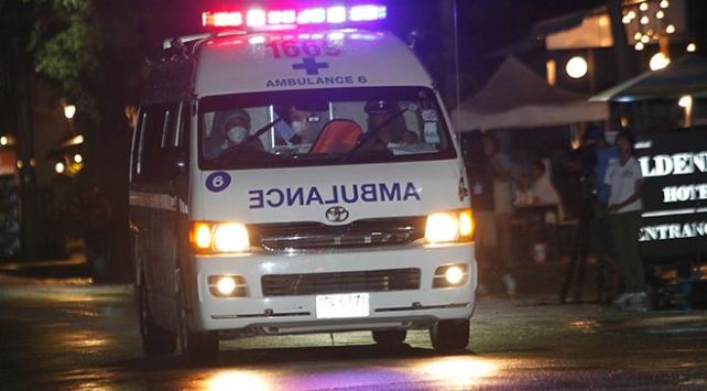 Taylandda mağarada mahsur kalan çocuklardan 4ü kurtarıldı