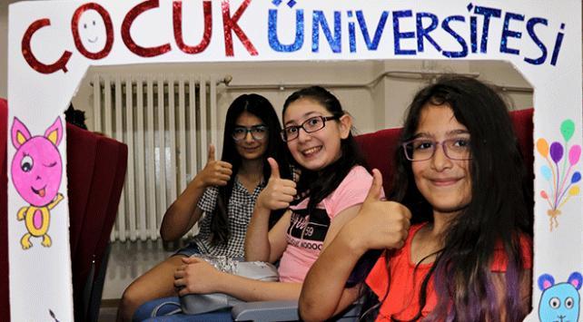 Vanda çocuk üniversitesi kuruldu