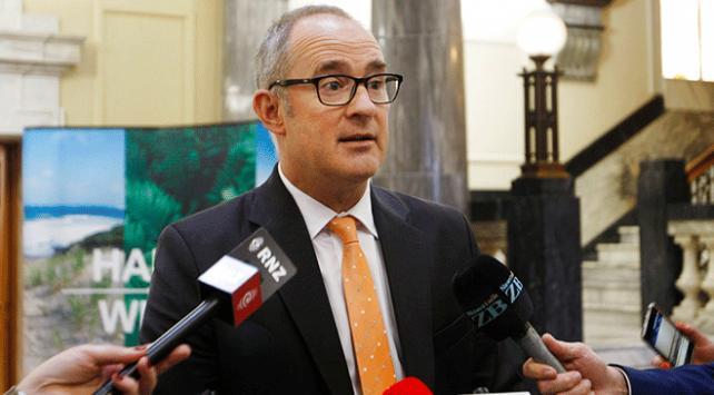 Yeni Zelanda Ulaştırma Bakanı Phil Twyforda para cezası