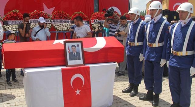 Şehit Uzman Çavuş Ali Cevizci son yolculuğuna uğurladı