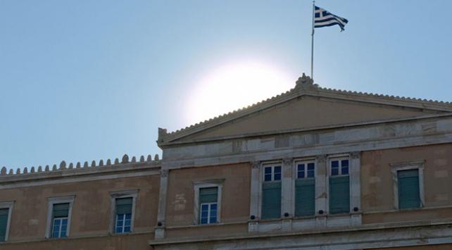 Yunanistan iki Rus diplomatı sınır dışı etti