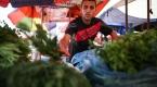 """Gösterilerde yaralanan Gazzeli esnafın """"ekmek"""" mücadelesi"""