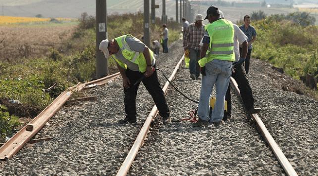 Tekirdağ tren kazasında onarım çalışmaları sürüyor