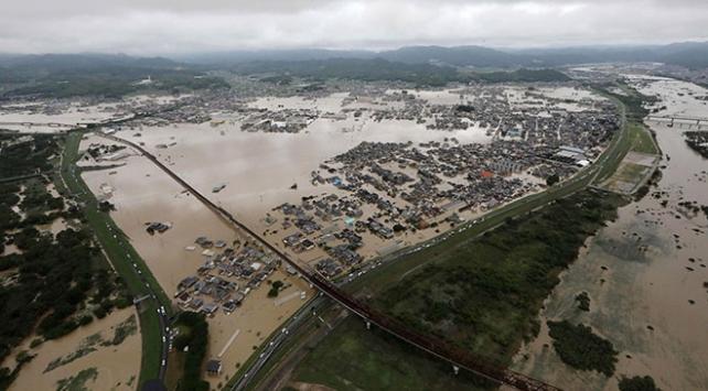 Japonyada sel felaketinde ölenlerin sayısı 195e yükseldi