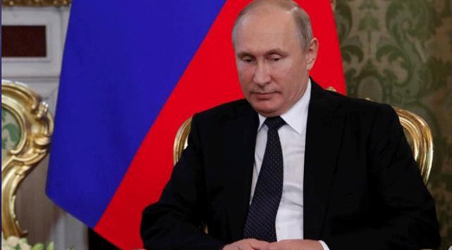Putin İran dini lideri Hamaneyin danışmanı Velayetiyle görüştü