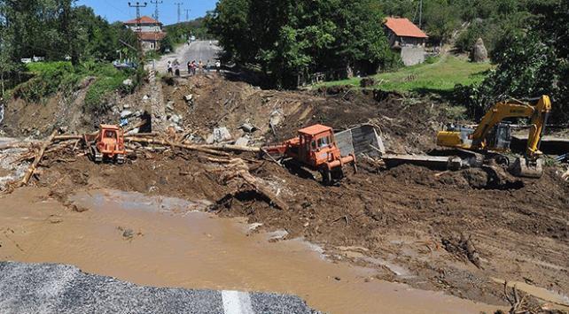 Türk Kızılayı Genel Başkanı Kınıktan Karadenizde şiddetli yağış uyarısı