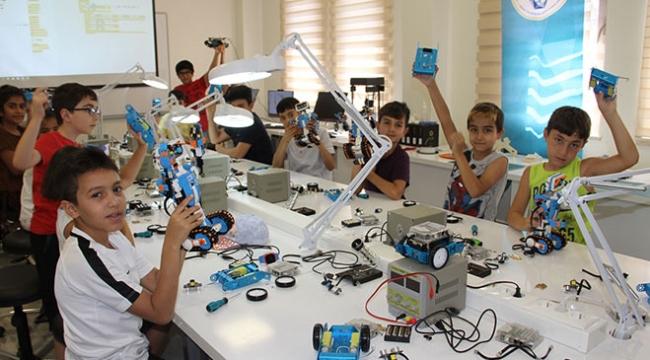 Gaziantepte geleceğin mühendislerini yetiştiriyorlar