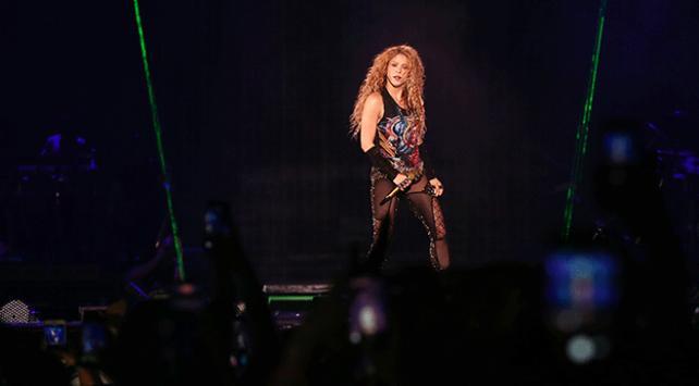 Shakira İstanbulda konser verdi