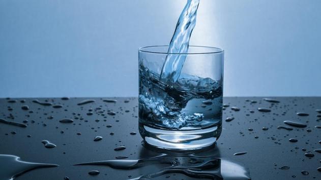 Böbrek ve şeker hastalarına yaz aylarında su tüketimi uyarısı