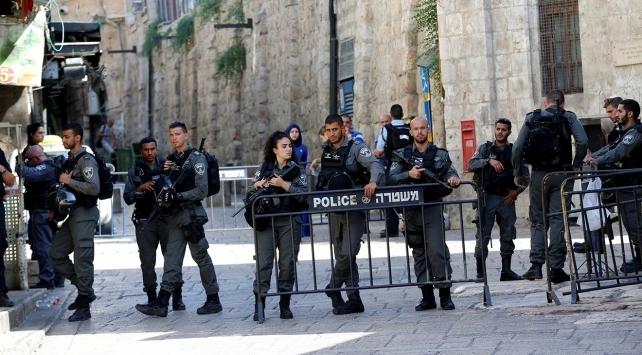 İsrailden Filistinli akademisyenlere engel