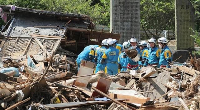 Japonyada sel felaketinde ölü sayısı 200 oldu